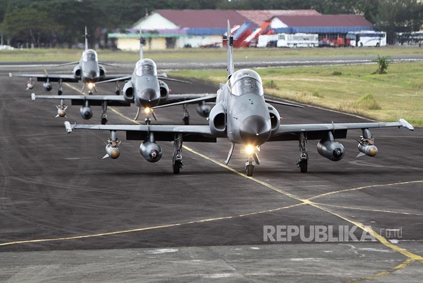 Pesawat jet tempur Hawk 100/200 dari skuadron 12 Lanud Roesmin Nurjadin, Pekanbaru (ilustrasi)