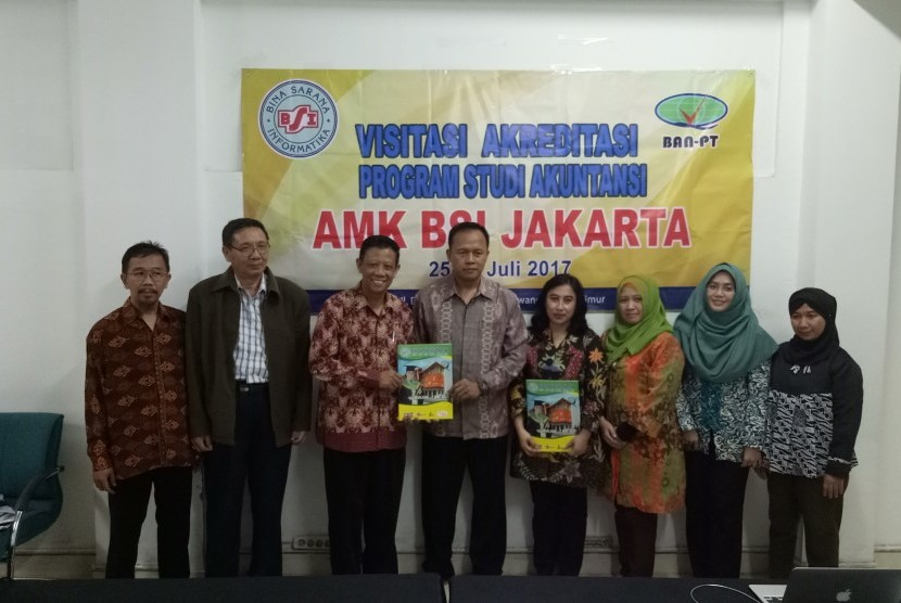 Tim Assesor bersama pimpinan AMK BSI Jakarta.