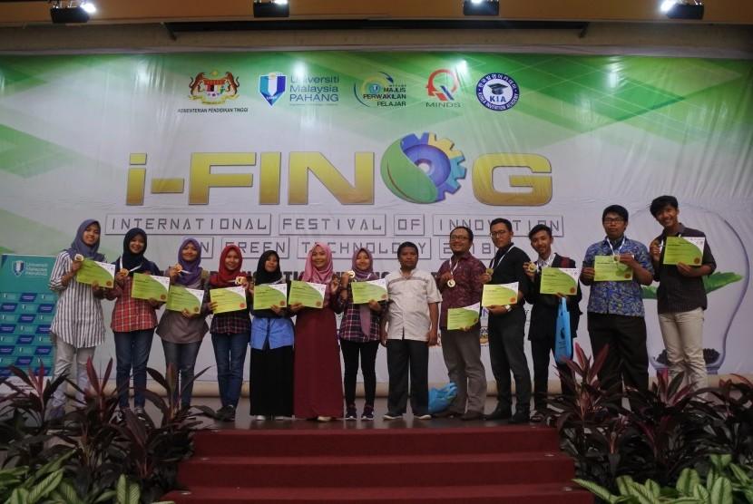 Tim mahasiswa Unisa Yogyakarta.