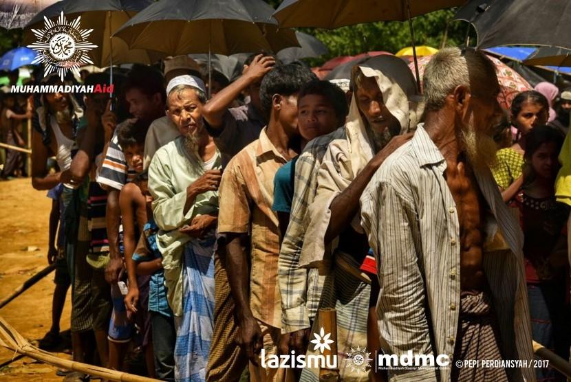 Tim Muhammadiyah Aid berhasil memasuki kamp pengungsian Rohingya di Bangladesh untuk menyalurkan bantuan.