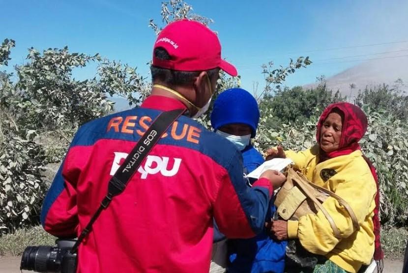 PKPU Turunkan Tim Rescue Bantu Evakuasi Korban Erupsi Sinabung