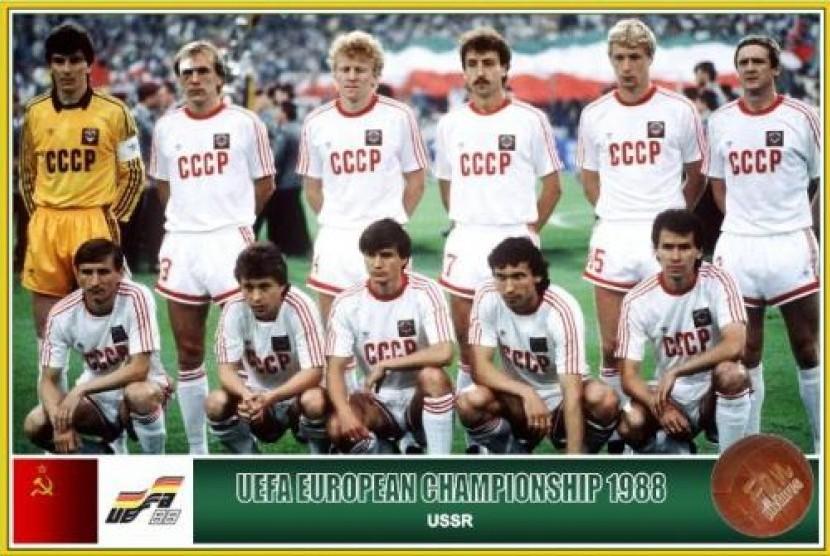 Timnas Uni Soviet di Piala Eropa 1988