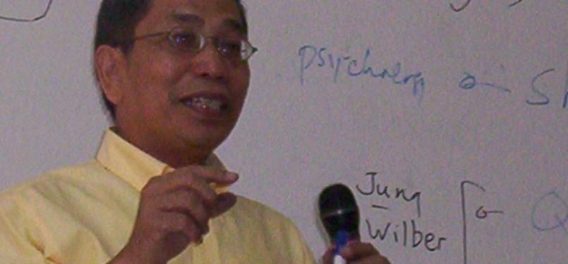 Tokoh Syiah Indonesia, Jalaluddin Rakhmat