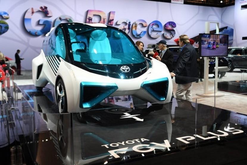 Toyota akan Produksi Semua Mobil dengan Listrik pada 2025