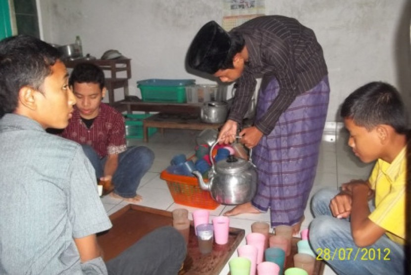 Tradisi jaburan di Jawa Tengah.