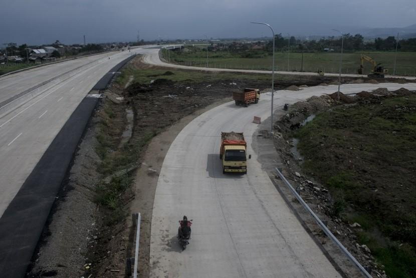 Jokowi akan Gunakan Bus Persib Saat Susuri Tol Soroja