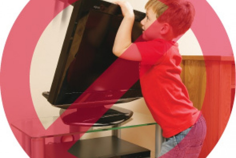 Tv layar datar harus dijauhkan dari anak-anak