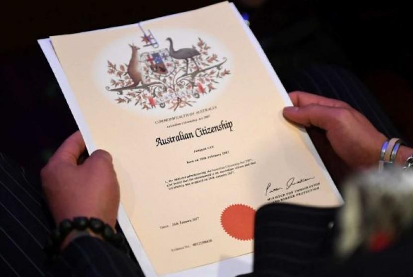 Ujian untuk menjadi warga negara Australia diperketat untuk mengetes sikap para migran terhadap isu-isu kebebasan beragama dan kesetaraan gender.