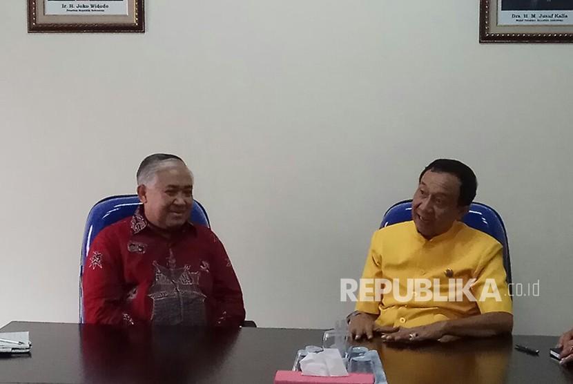 UKP-DKAAP Prof Din Syamsuddin bersama Ketua Umum PDHI Wisnu Bawa Tenaya.