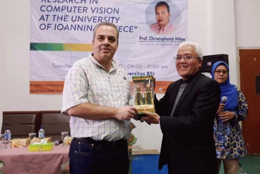 Universitas BSI Bandung melakukan kerja sama dengan University of Loannina, Yunani.