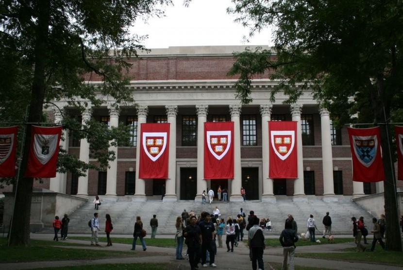 Universitas Harvard