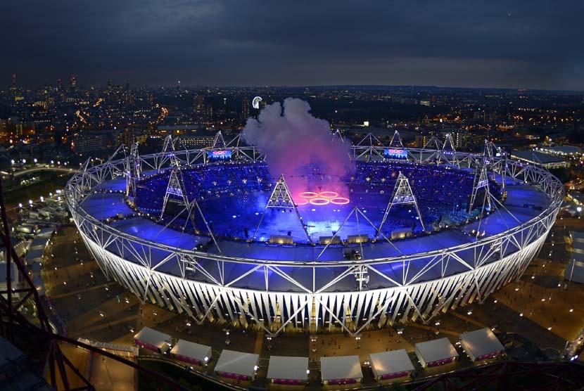 Upacara pembukaan Olimpiade 2012 di Olympic Park, London, Sabtu (28/7) dini hari WIB. (Morry Gash/AP)