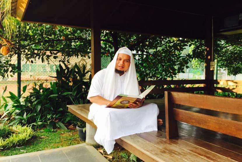 Ustadz Muhammad  Arifin Ilham 48 Tahun