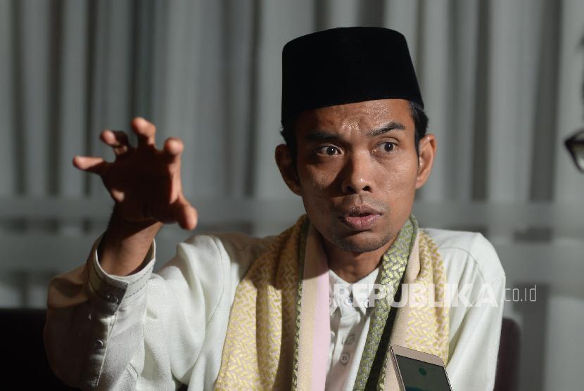 Ustaz Abdul Somad saat sesi foto untuk tokoh Perubahan Republika.