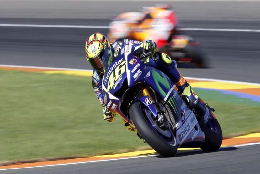 Valentino Rossi Juarai Balapan MotoGP Catalunya