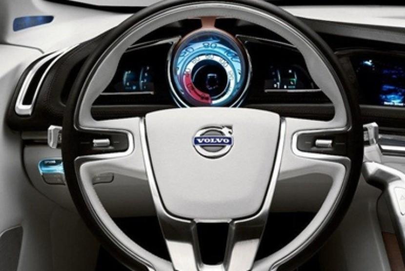 Volvo kembangkan mobil dengan kemudi otomatis.