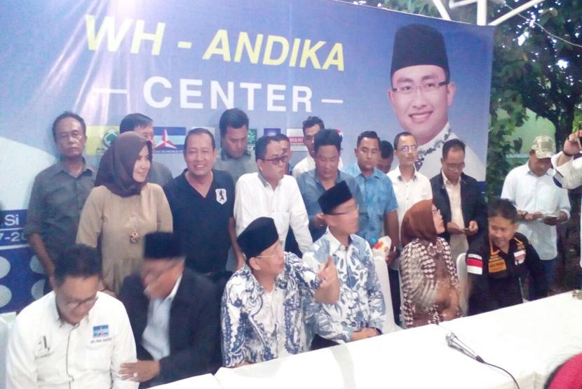 Wahidin Halim kembali adakan konferensi pers dengan pasangan calon wakil gubernurnya Andika Hazrumy bersama beberapa DPD Partai Pengusung pasangan calon di kediaman Wahidin Halim, Rabu (15/2).