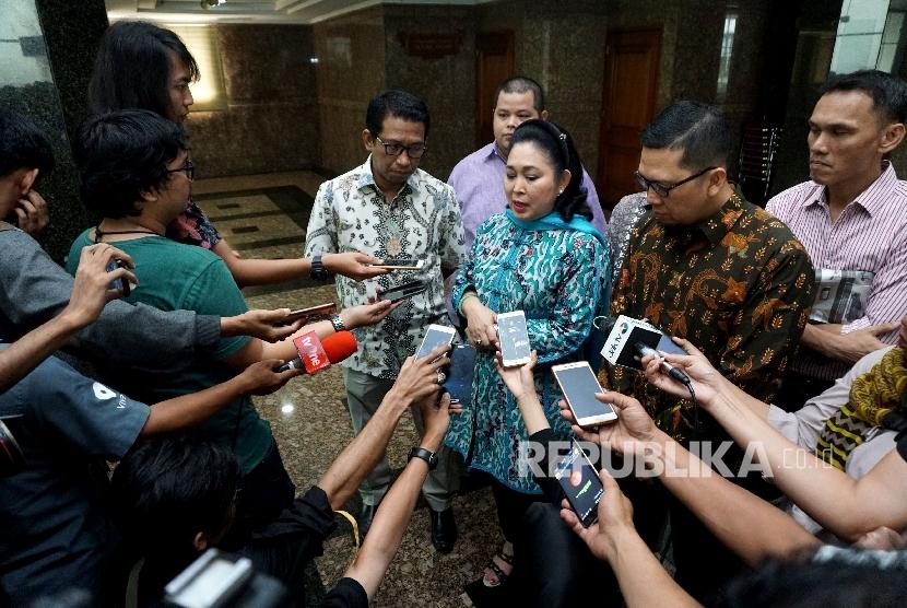 Jika Maju, Titiek Soeharto Harus Kantongi Restu Jokowi