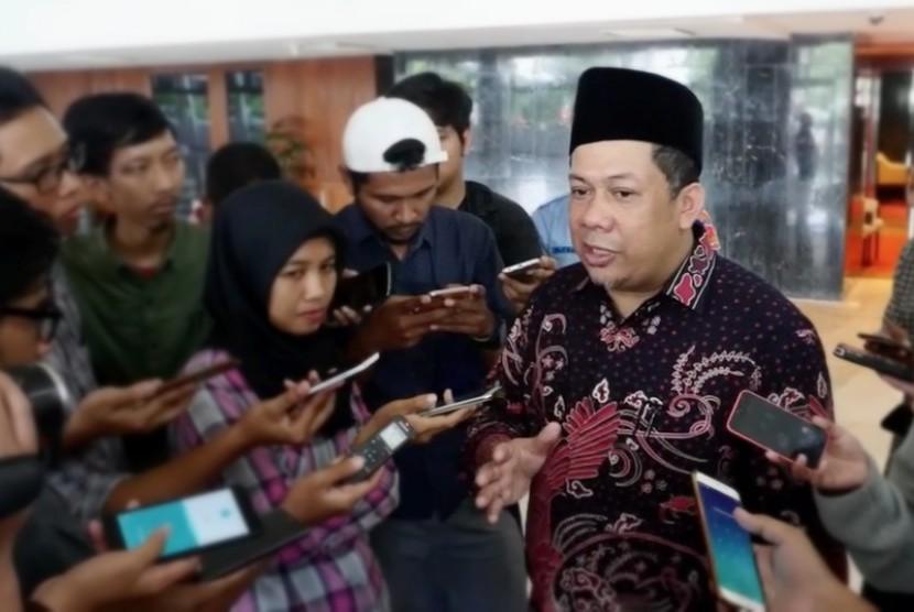 Saat Penggeledahan, Fahri Hamzah Dihubungi Novanto?