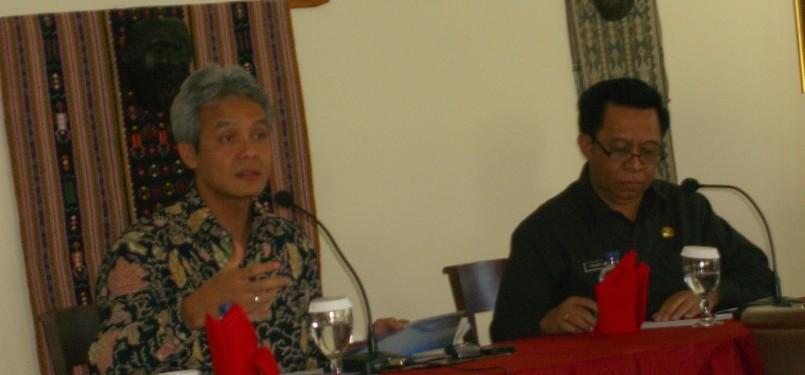 Wakil Ketua Komisi II DPR RI, Ganjar Pranowo, dalam kunjungan di Provinsi Nusa Tenggara Timur.