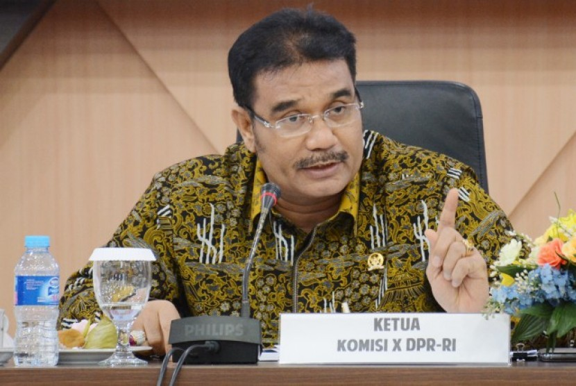 Wakil Ketua Komisi X DPR RI Sutan Adil Hendra.