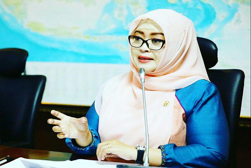 Wakil Ketua Komite III DPD RI, Fahira Idris