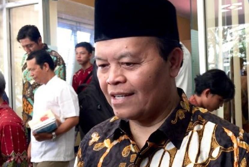 Wakil Ketua MPR Hidayat Nur Wahid (tengah) saat melakukan sosialisasi empat pilar di Yayasan Alfida, Bengkulu, Kamis (21/12).