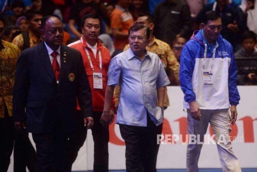 Wakil Presiden Jusuf Kalla menghadiri pertandingan Invitation Tournament Asian Games 2018 cabang olahraga Taekwondo di JIexpo Jakarta, Sabtu (10/2).