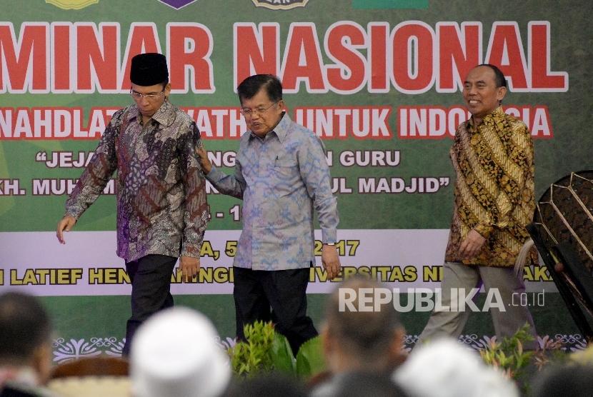Wakil Presiden RI Jusuf Kalla bersama Gubernur NTB Muhammad Zainul Majdi dan Rektor UNJ Djaali membuka Seminar Nasional Dari Nahdlatul Wathan Untuk Indonesia