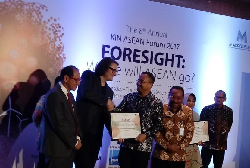 Muhammad Irwansyah Dominasi Wali Kota Entrepreneur Award