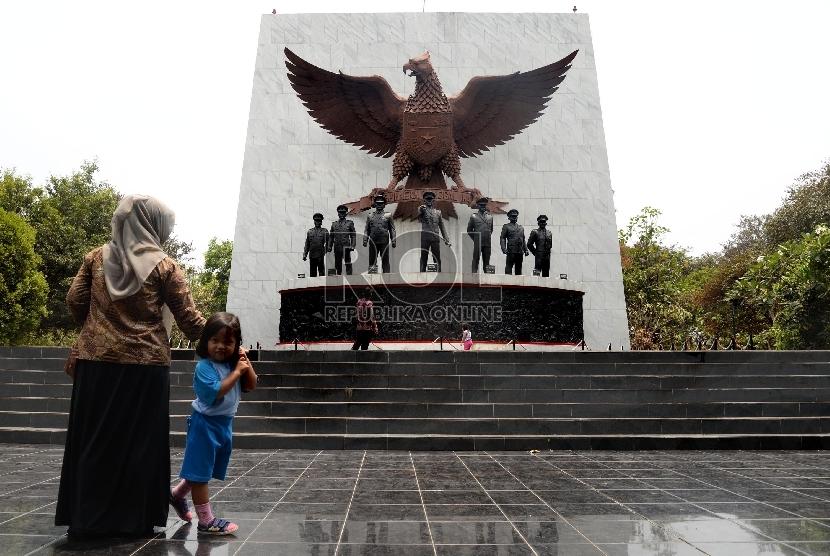 Pancasila Sakti monument, Jakarta.