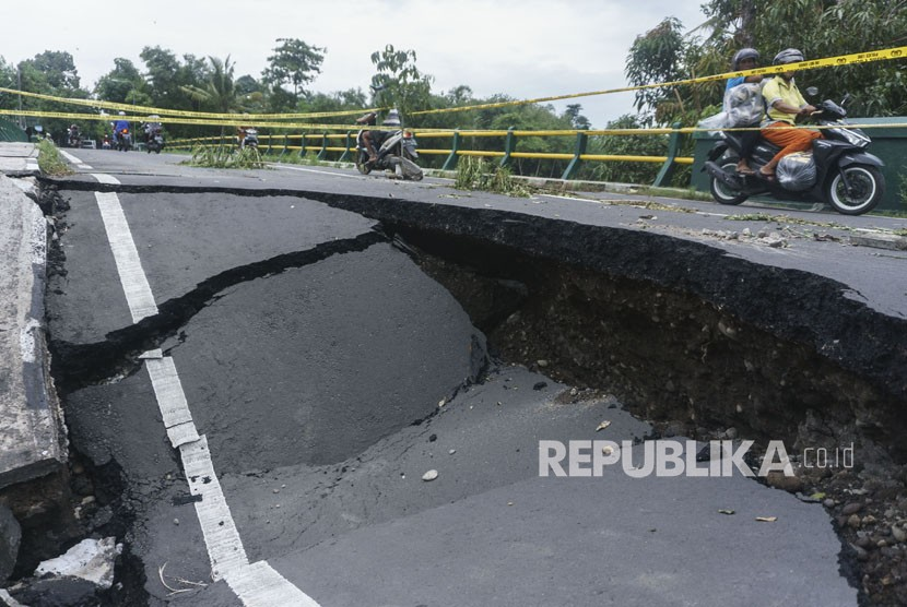 Siklon Tropis Cempaka Mulai Tinggalkan Yogyakarta