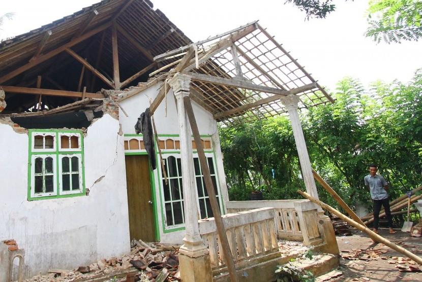 Puluhan Rumah di Pangandaran Rusak Akibat Gempa
