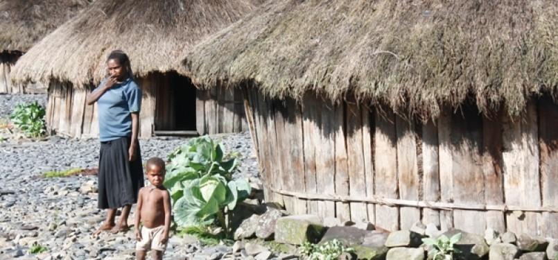 Warga Kampung Gidide, Distrik Mulia, Puncak Jaya, Papua.