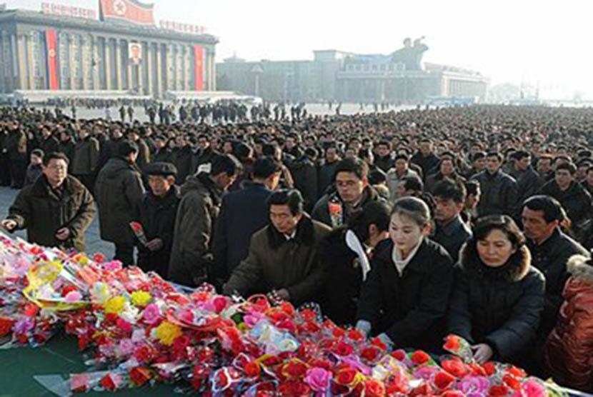 Warga Korut peringati HUT Kim Jong Il