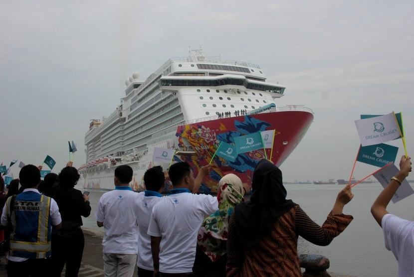 Prediksi Penumpang Kapal di Tanjung Perak Capai 2.000 Orang