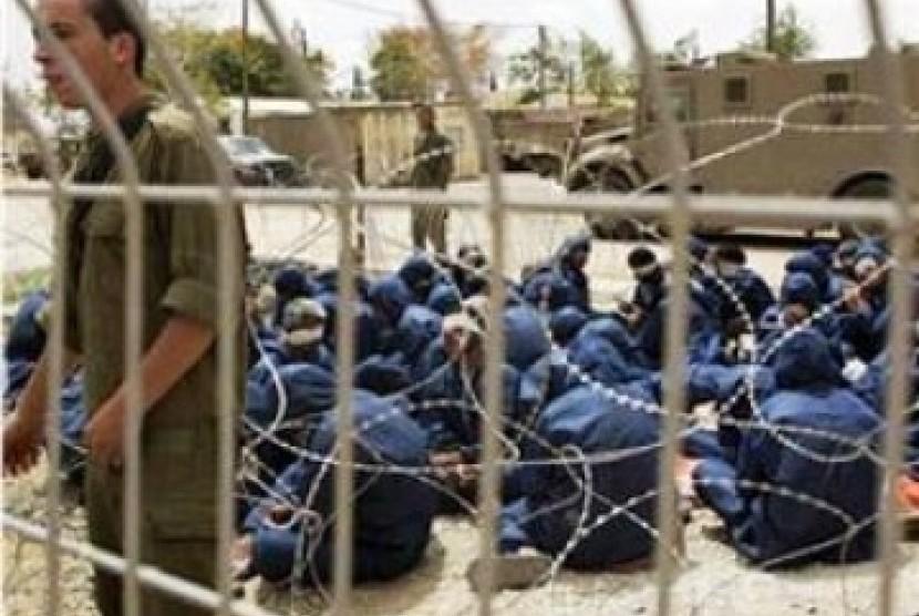 Israel Tangkap 30 Warga Palestina