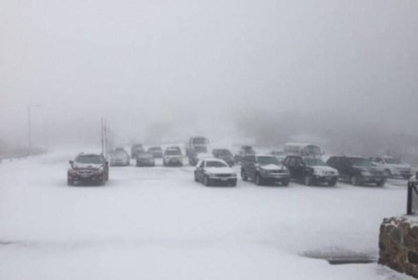 Salju Picu Kekacauan Transportasi di Eropa