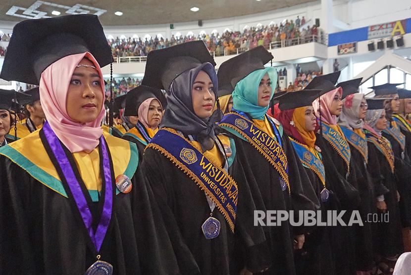 Wisuda ke-85 Universitas Muhammadiyah Malang (UMM) di UMM Dome.