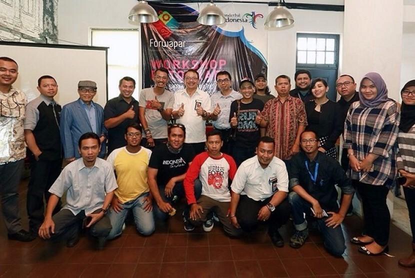 Workshop fotografi oleh Forum Wartawan Pariwisata bekerja sama dengan Deputi Bidang Pengembangan Destinasi dan Industri Pariwisata Kementerian Pariwisata (Kemenpar)