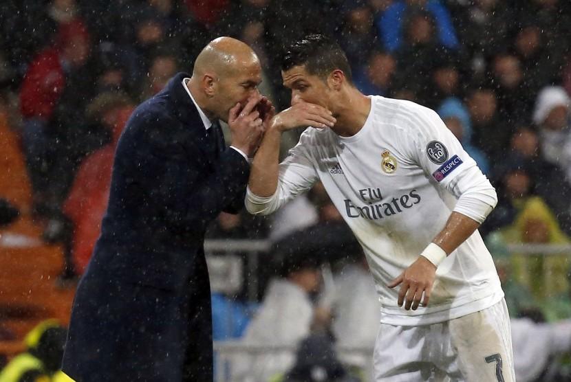 Zidane tak Bisa Bayangkan Madrid tanpa Ronaldo