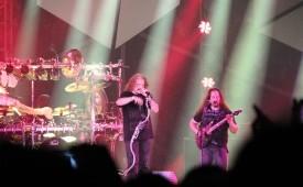 In Picture: Aksi Dream Theater Puaskan Para Penggemarnya