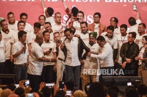 Adian Ilustrasikan Beratnya Amanah Calon Menteri Jokowi