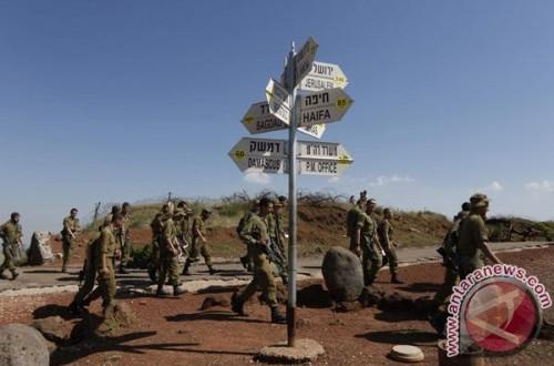 Pasukan di pos pemeriksaan Golan