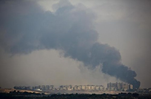 Smoke rises after an explosion in the northern Gaza Strip July 29, 2014.