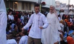 Fashion Show Shafira Memukau Ribuan Peserta Bubos 454800b8f7