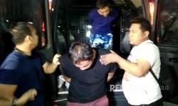 ABK Wanderlust, Kapal pengiriman sabu satu ton diboyong ke Ditresnarkoba Polda Metro Jaya, Senin (17/7) malam.