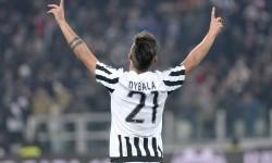 Rekasi bintang muda Juventus, Paulo Dybala dalam sebuah laga.