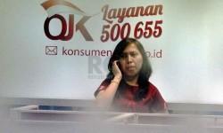 Aktivitas di kantor Otoritas Jasa Keuangan (OJK). ilustrasi (Republika/Yasin Habibi)