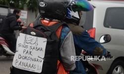 Pemudik yang menggunakan sepeda motor. (Ilustrasi)
